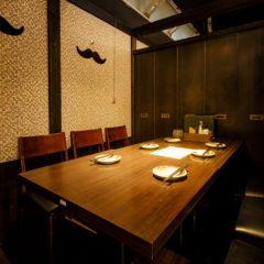 会社でのご宴会におすすめの個室席です。コースは2,980円~